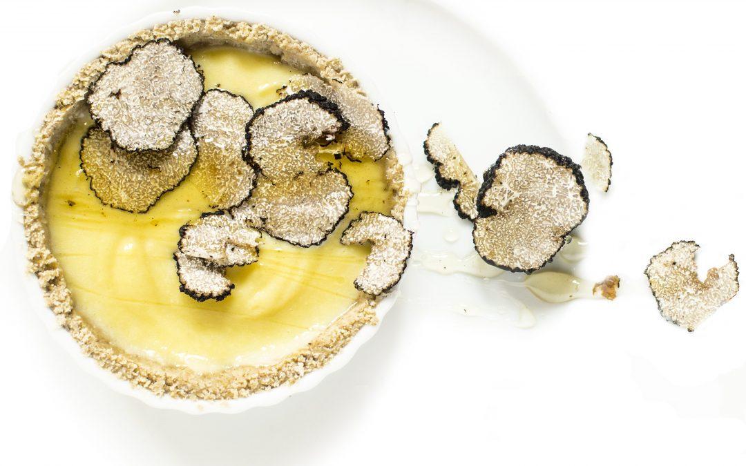 Szarvasgombás, mézes krémes pitécske