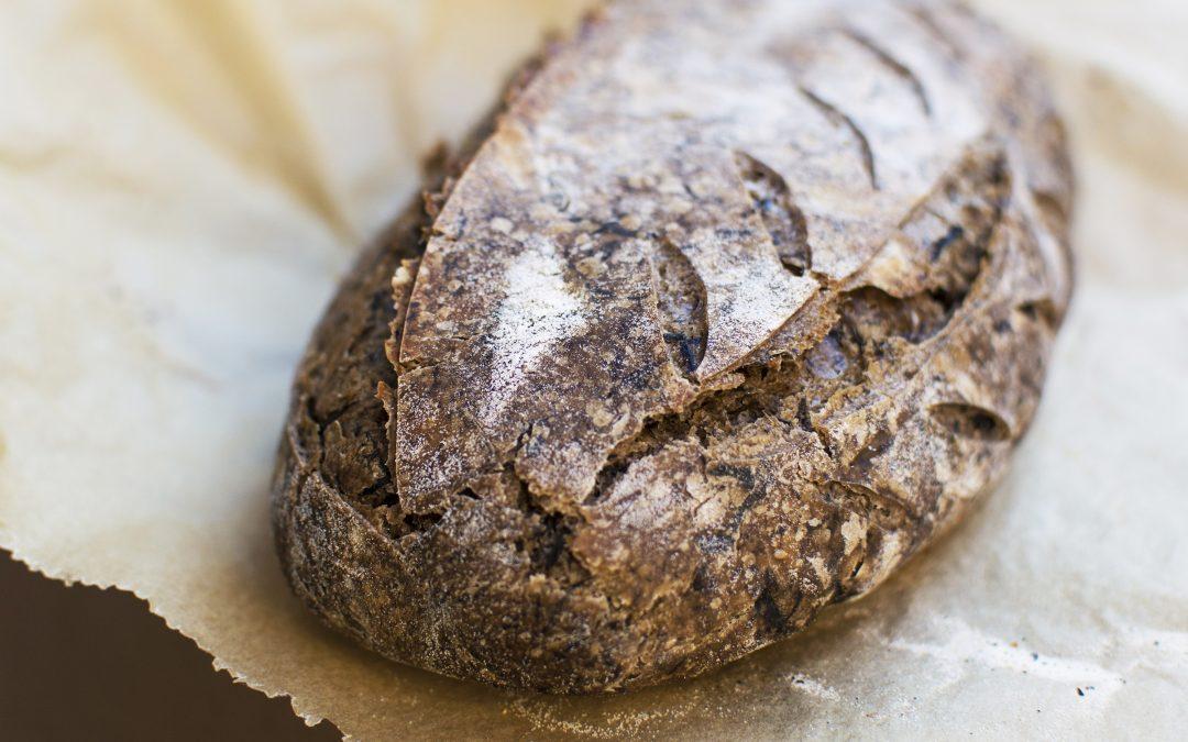 Trombitagombás vadkovászos kenyér