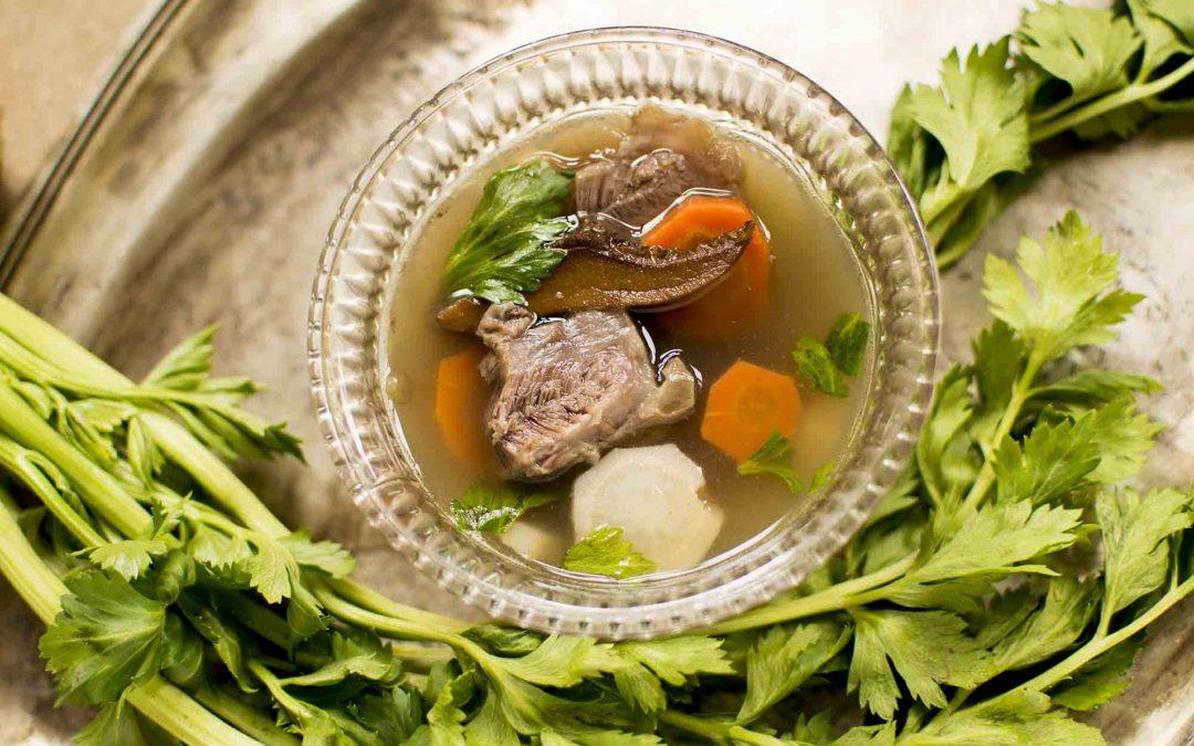 Szárított gombás marhalábszár leves